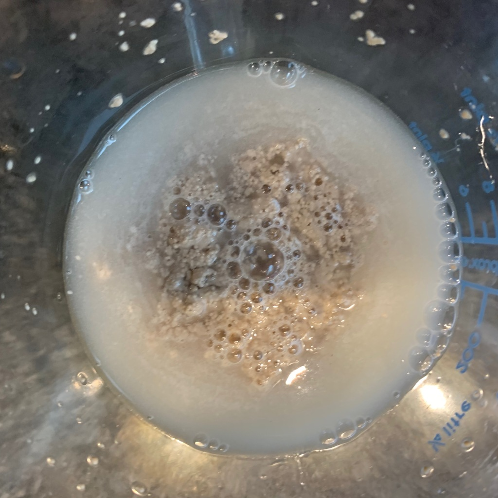 Frothed yeast wet mix