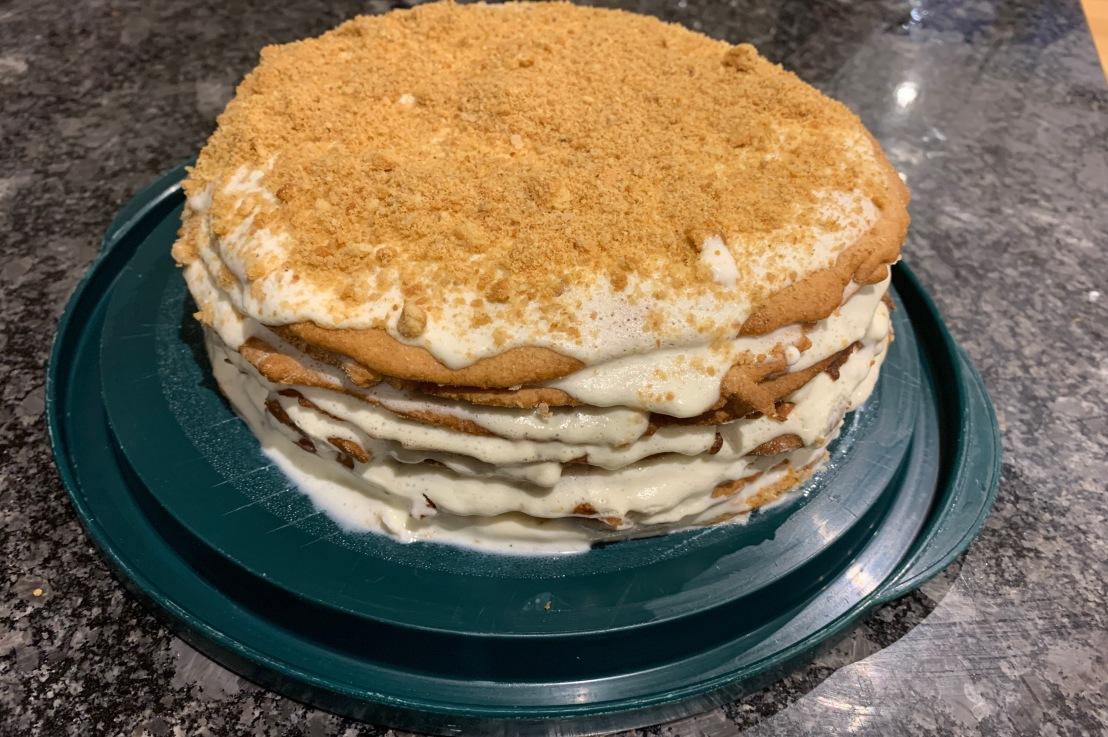 Around the world in 80 bakes, no.62: Medovik – Ukranian honeycake